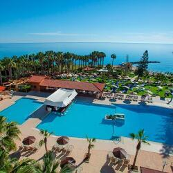 Cavo Maris Beach Hotel Pool