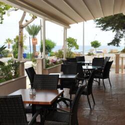 Chrystalla Hotel Restaurant